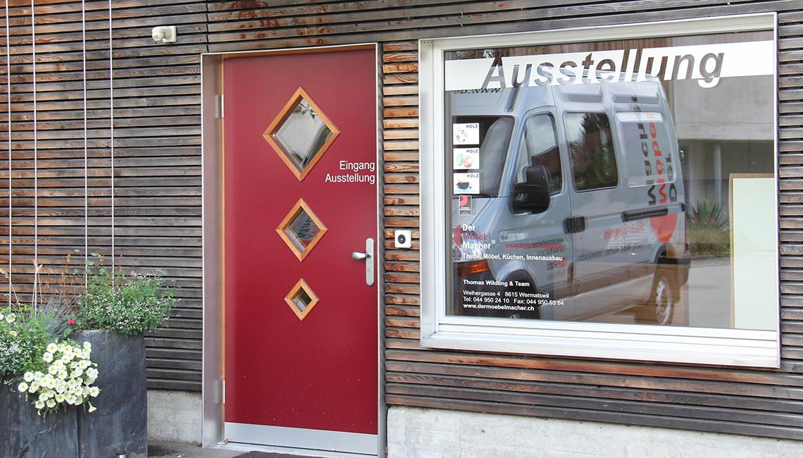 Ausstellung Eingang